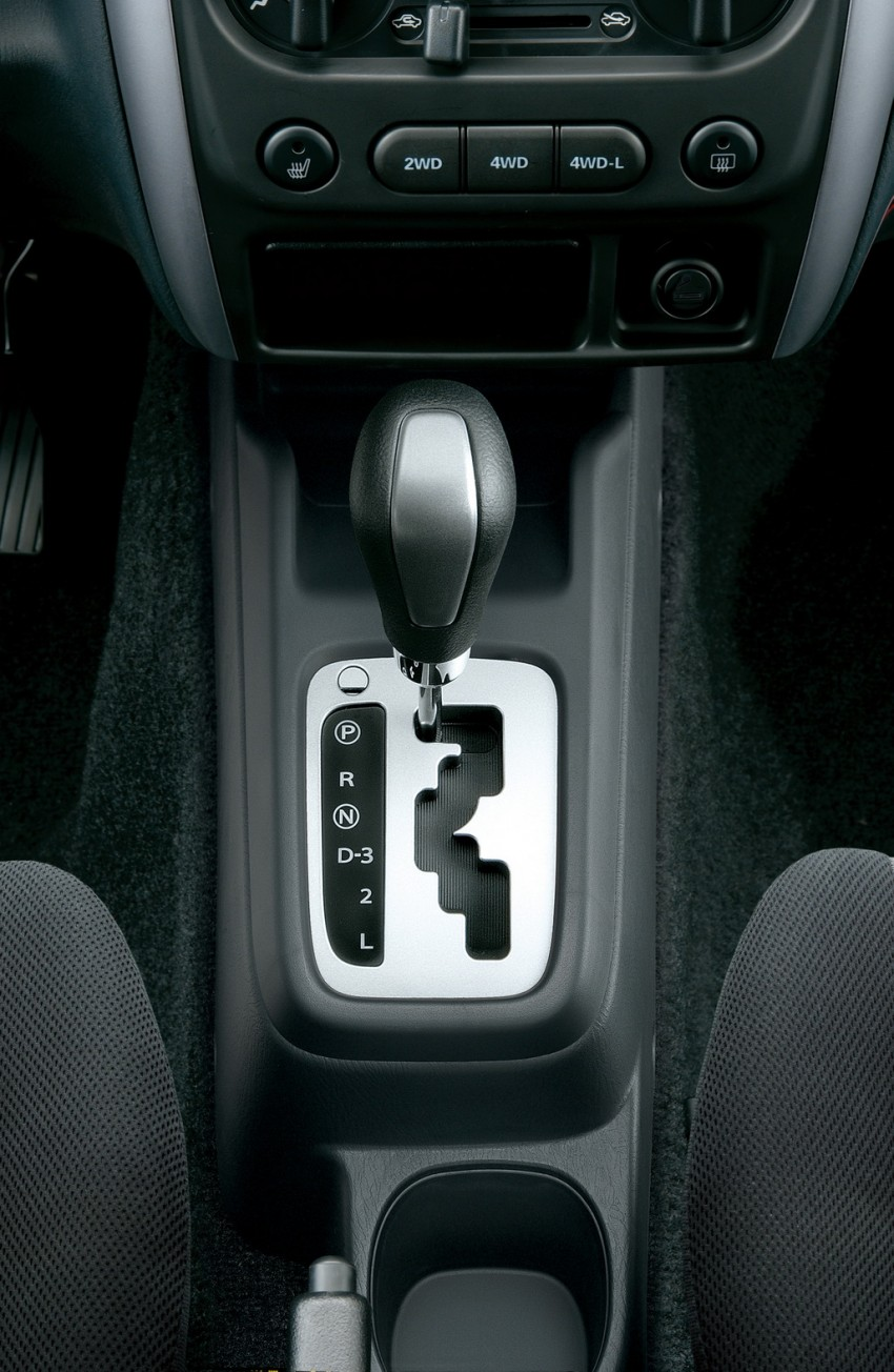 Suzuki Jimny launched in Malaysia, RM87k-92k Image #209456