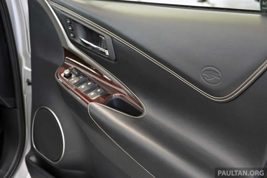 GALLERY: 2014 Toyota Harrier at Toyota Megaweb Image #211126