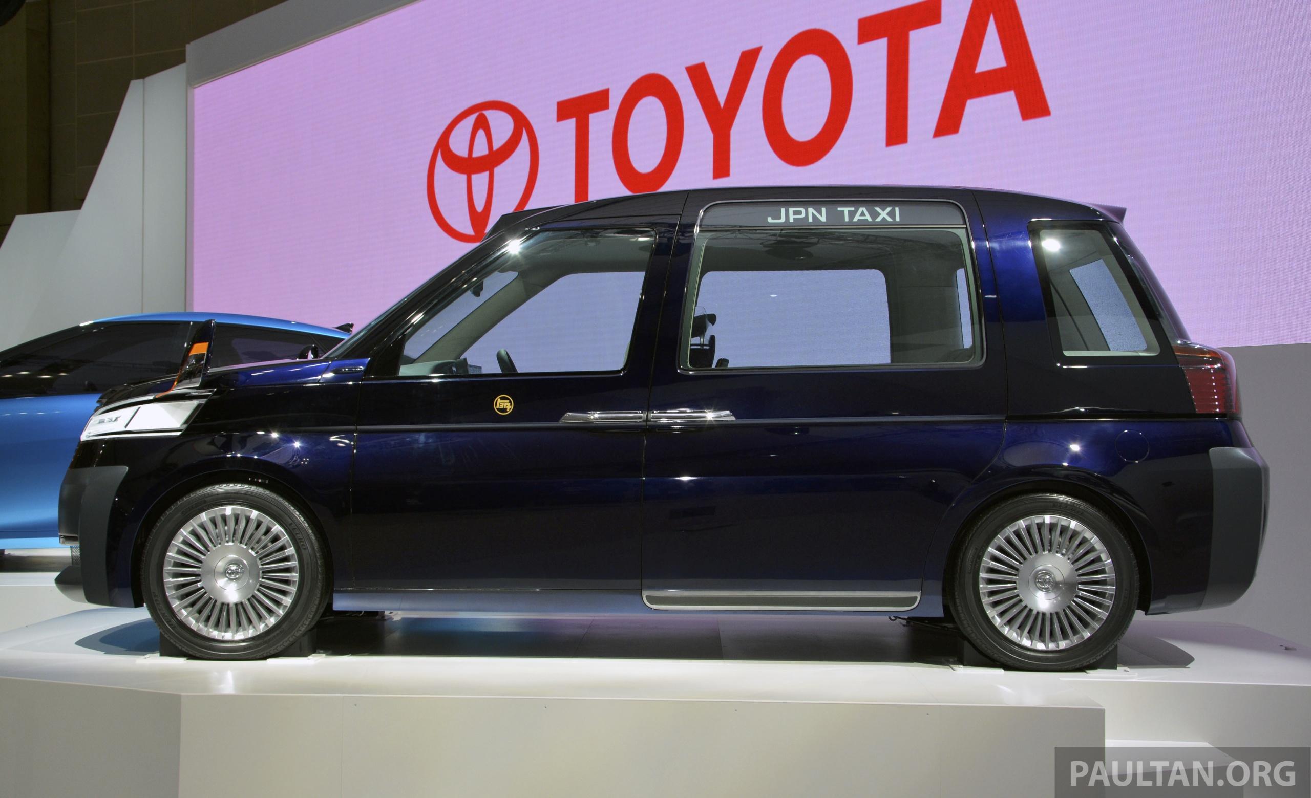 Tokyo 2013 Toyota Jpn Taxi Concept New Cab Fare Image