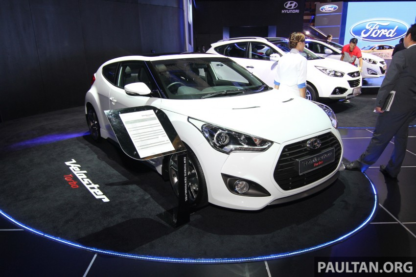 Hyundai i30 hatchback and Veloster Turbo previewed at KLIMS13, both launching in 2014 Image #212631