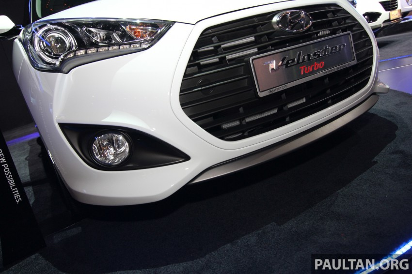 Hyundai i30 hatchback and Veloster Turbo previewed at KLIMS13, both launching in 2014 Image #212617