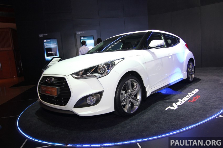 Hyundai i30 hatchback and Veloster Turbo previewed at KLIMS13, both launching in 2014 Image #212612