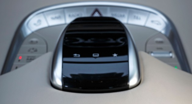 mercedes-touchpad