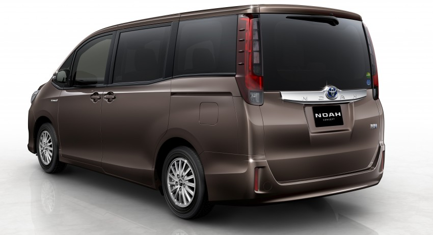 2014 Toyota Noah and Voxy previewed at Tokyo 2013 Image #213029