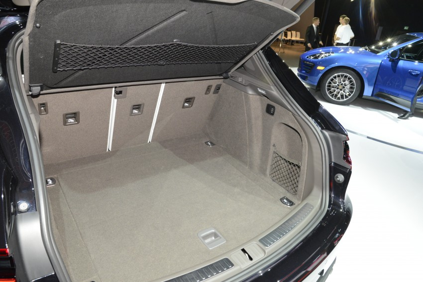 Porsche Macan SUV unveiled in LA with up to 400 hp Image #212490