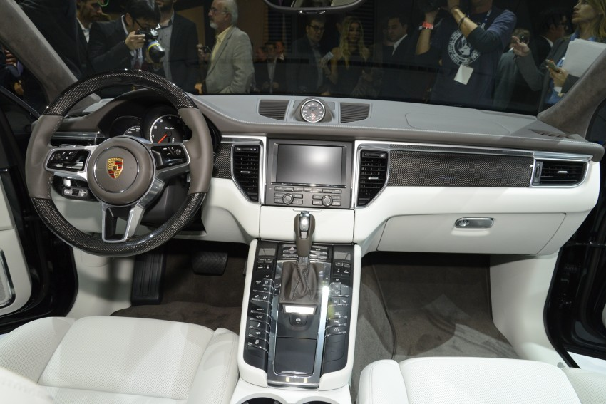 Porsche Macan SUV unveiled in LA with up to 400 hp Image #212496