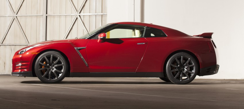 2014 Nissan GT-R facelift unveiled in Tokyo with updated suspension and looks Image #212225