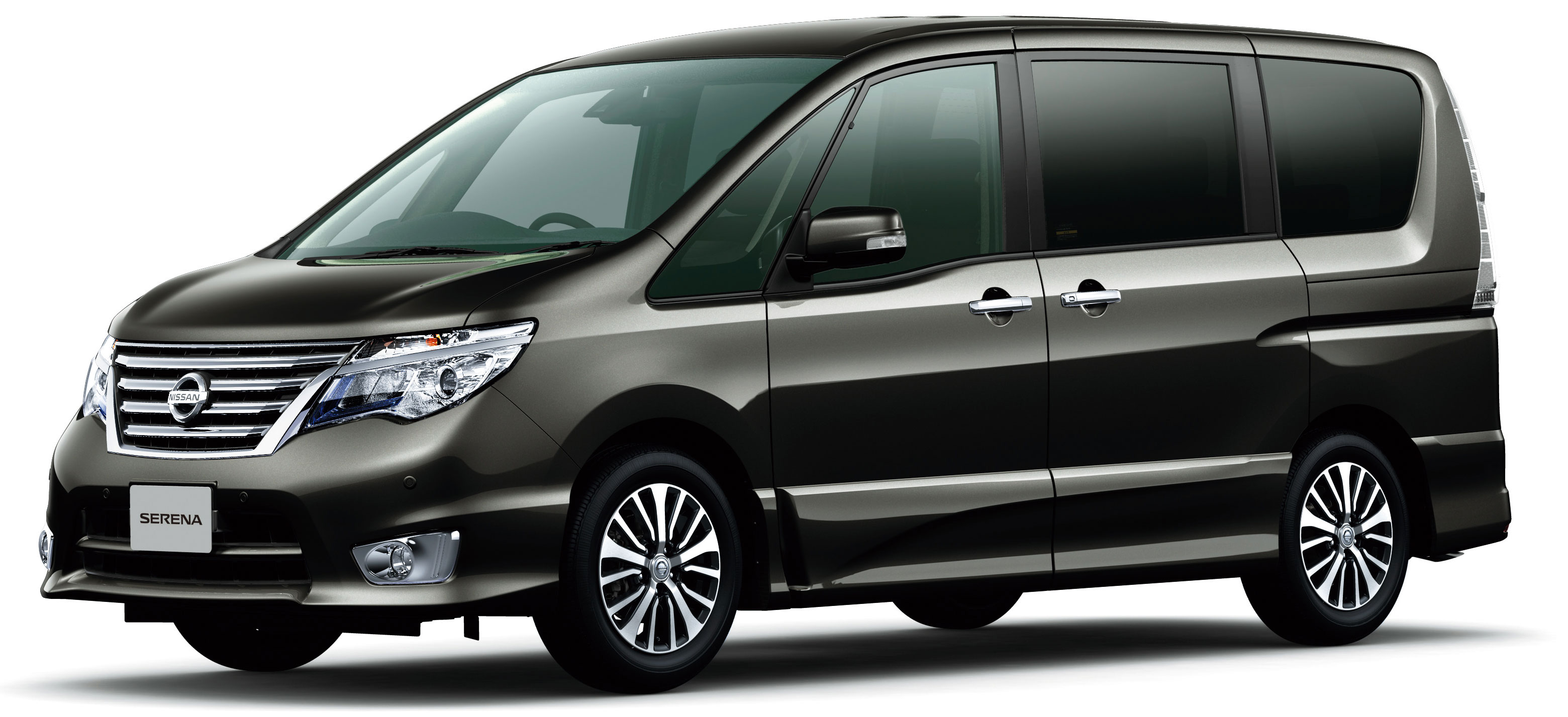 Nissan Serena S-Hybrid facelift unveiled at Tokyo 2013