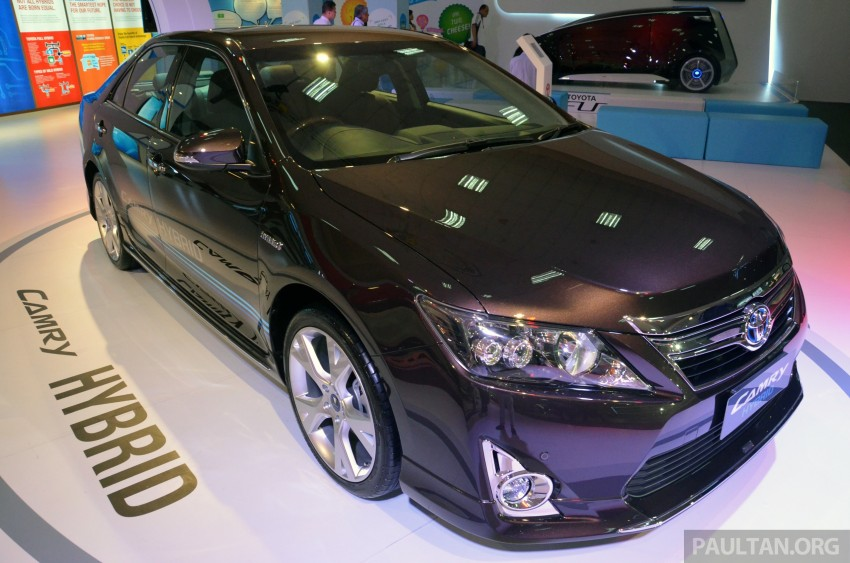 Toyota Camry Hybrid previewed at KLIMS13 Image #209610
