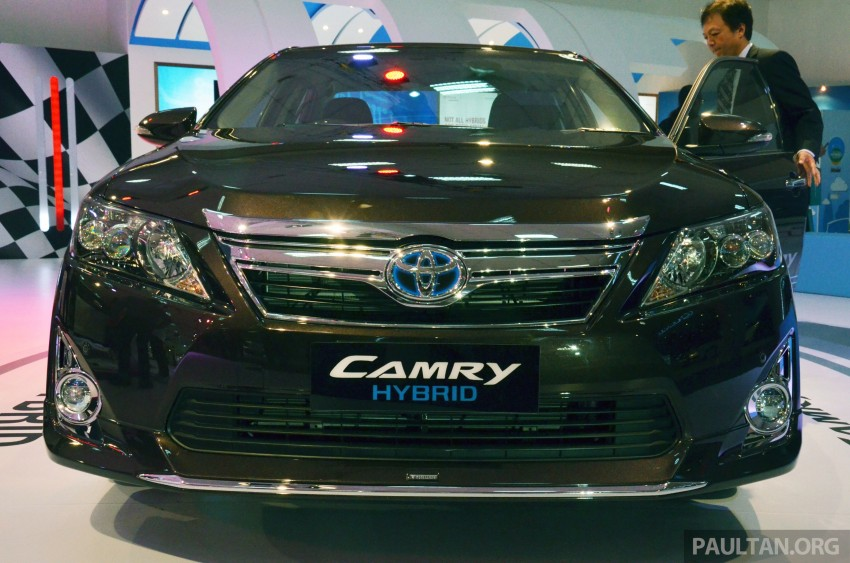 Toyota Camry Hybrid previewed at KLIMS13 Image #209614