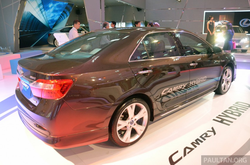 Toyota Camry Hybrid previewed at KLIMS13 Image #209616