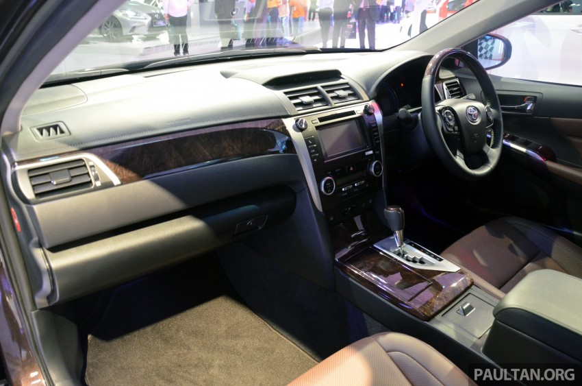Toyota Camry Hybrid previewed at KLIMS13 Image #209621