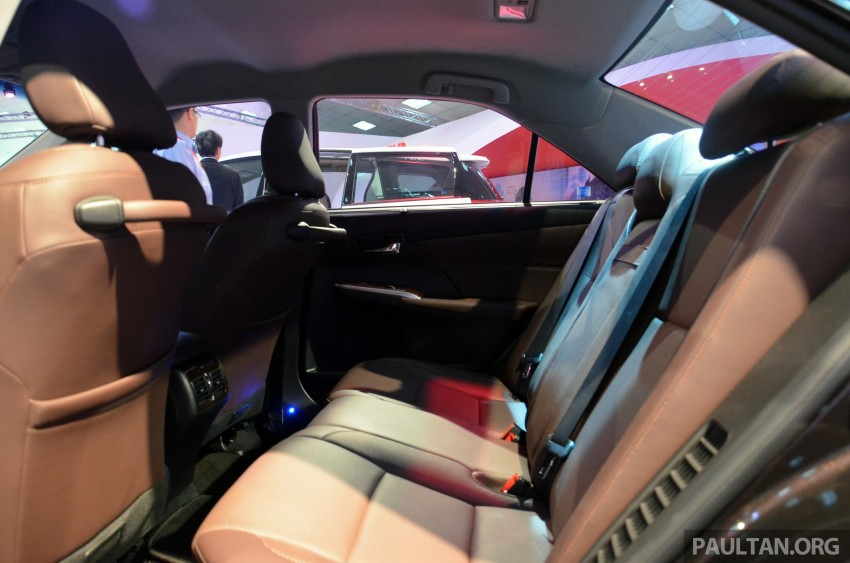 Toyota Camry Hybrid previewed at KLIMS13 Image #209622