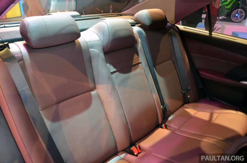 Toyota Camry Hybrid previewed at KLIMS13 Image #209628