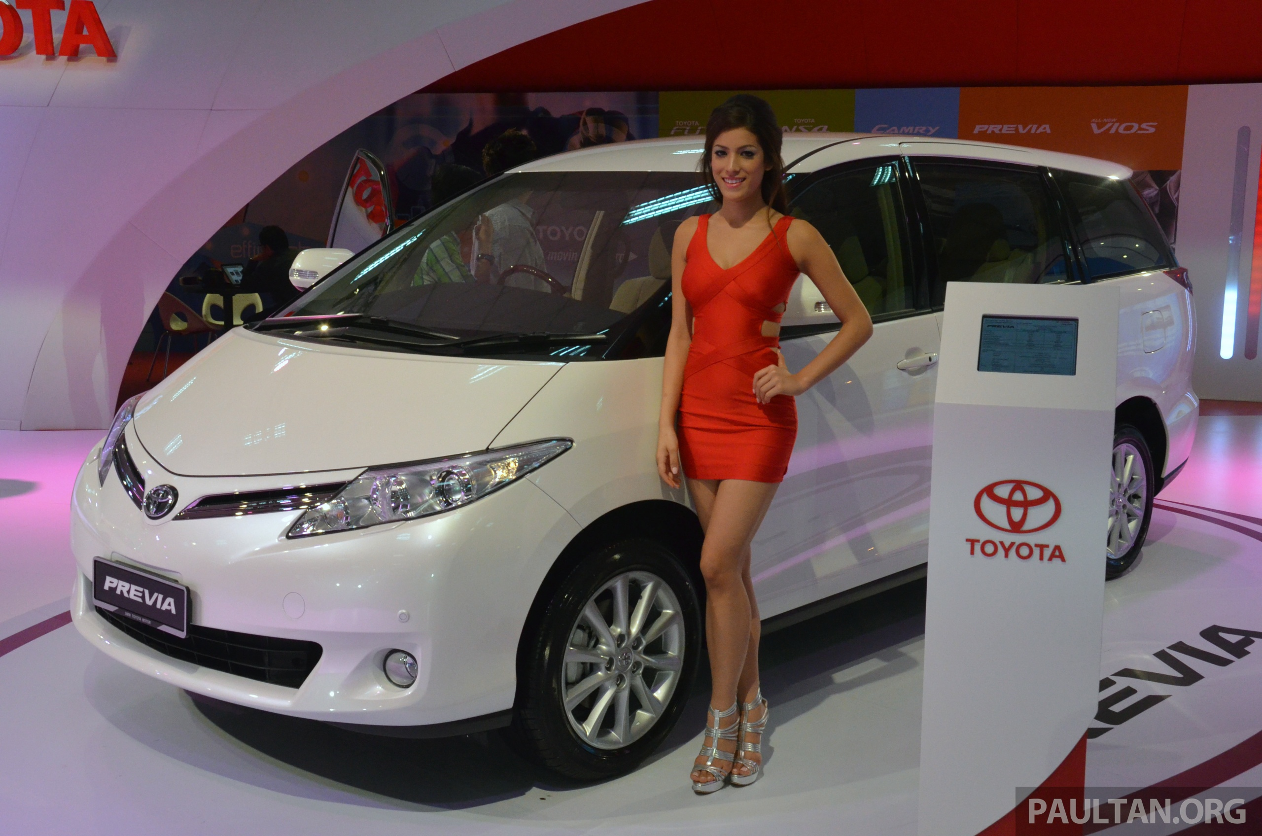 Toyota Previa (Estima) makes debut at KLIMS13 - from RM270k