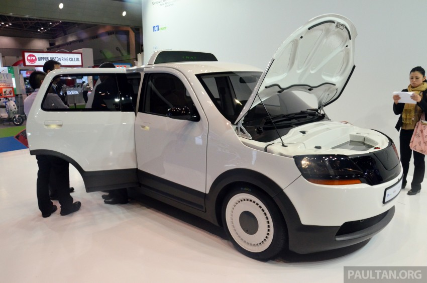 Tokyo 2013: Tum Create EVA, the S'porean EV taxi Image #213682