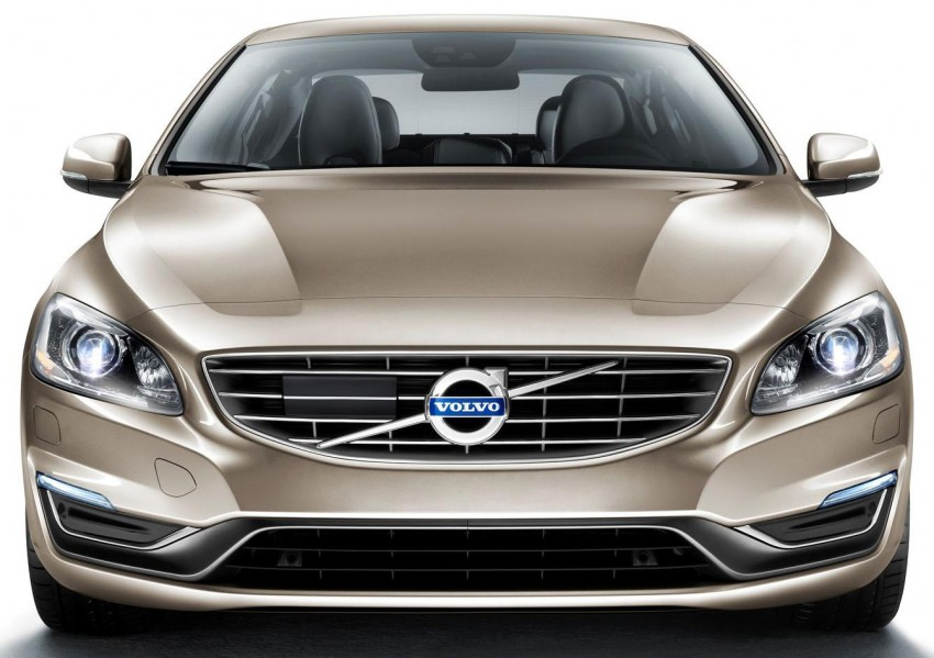 Volvo S60L unveiled in Guangzhou, 80-mm longer WB Image #213906