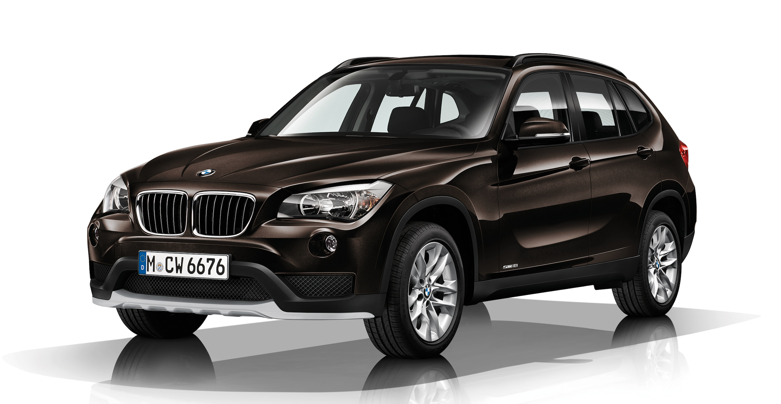 bmw x1 compact suv gets a minor refresh for 2014 image 217488. Black Bedroom Furniture Sets. Home Design Ideas
