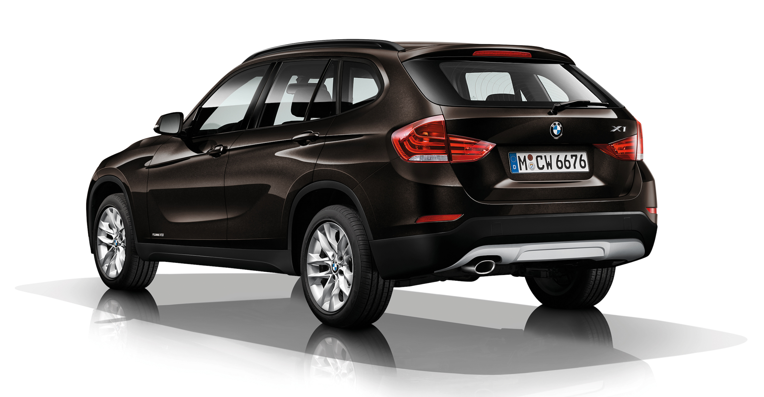 bmw x1 compact suv gets a minor refresh for 2014 image 217489. Black Bedroom Furniture Sets. Home Design Ideas