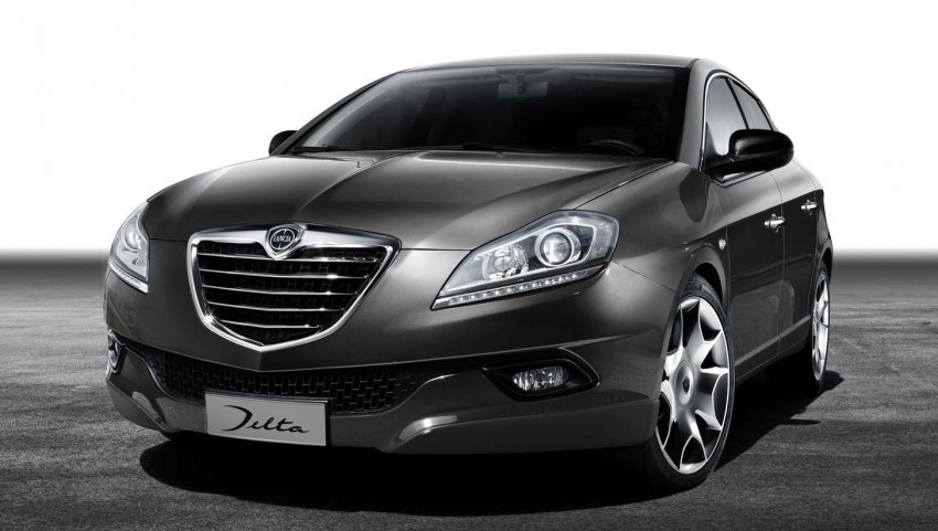 2014 Lancia Delta unveiled – new trim for the new year Image #219382