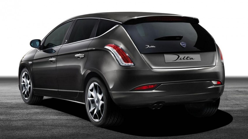 2014 Lancia Delta unveiled – new trim for the new year Image #219383