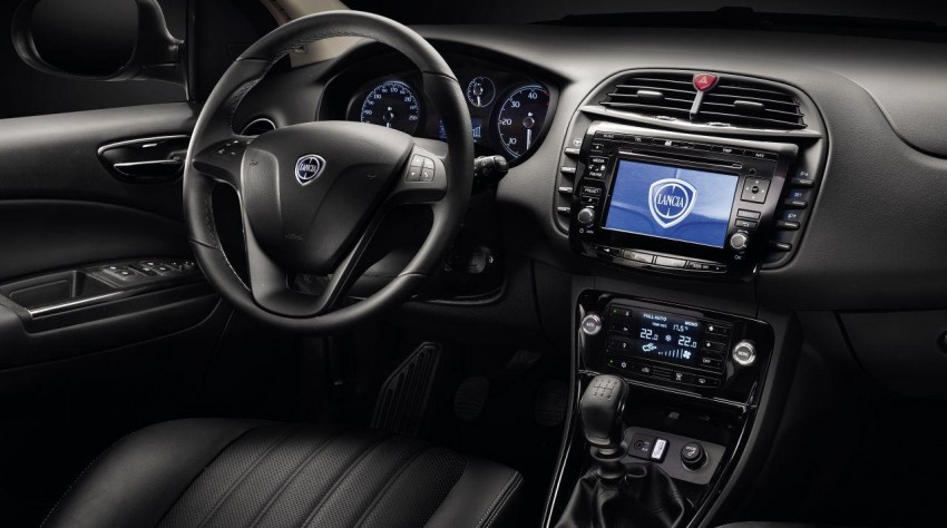 2014 Lancia Delta unveiled – new trim for the new year Image #219390