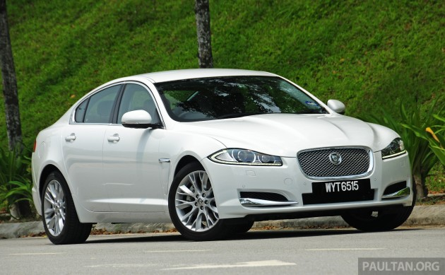 Driven_Jaguar_XF_2.0_Ti_review_ 003