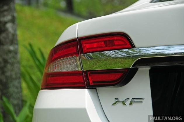 Driven_Jaguar_XF_2.0_Ti_review_ 007