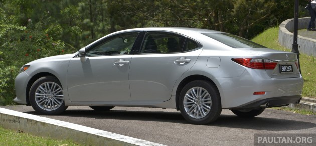 Lexus ES 250 and 300h 40