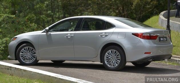 Lexus ES 250 and 300h 40