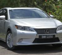Lexus ES 250 and 300h 53