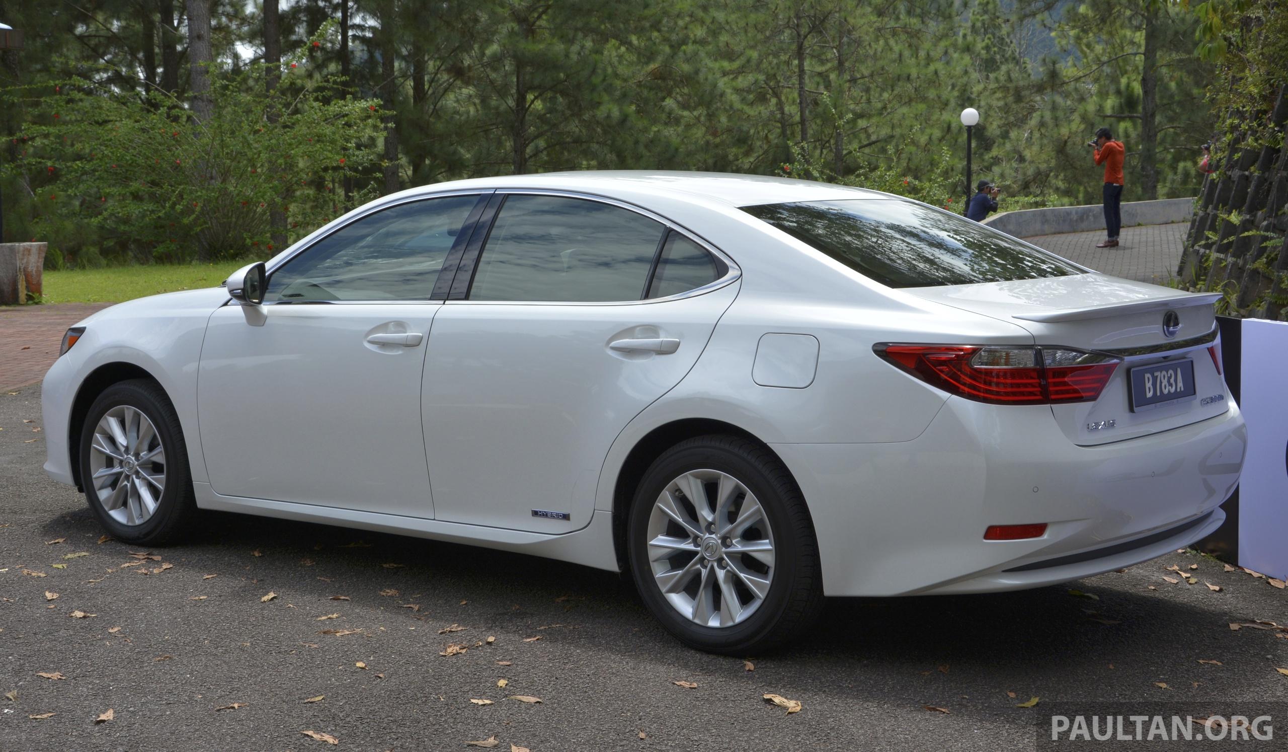 DRIVEN: 2013 Lexus ES 250 and 300h sampled Paul Tan ...