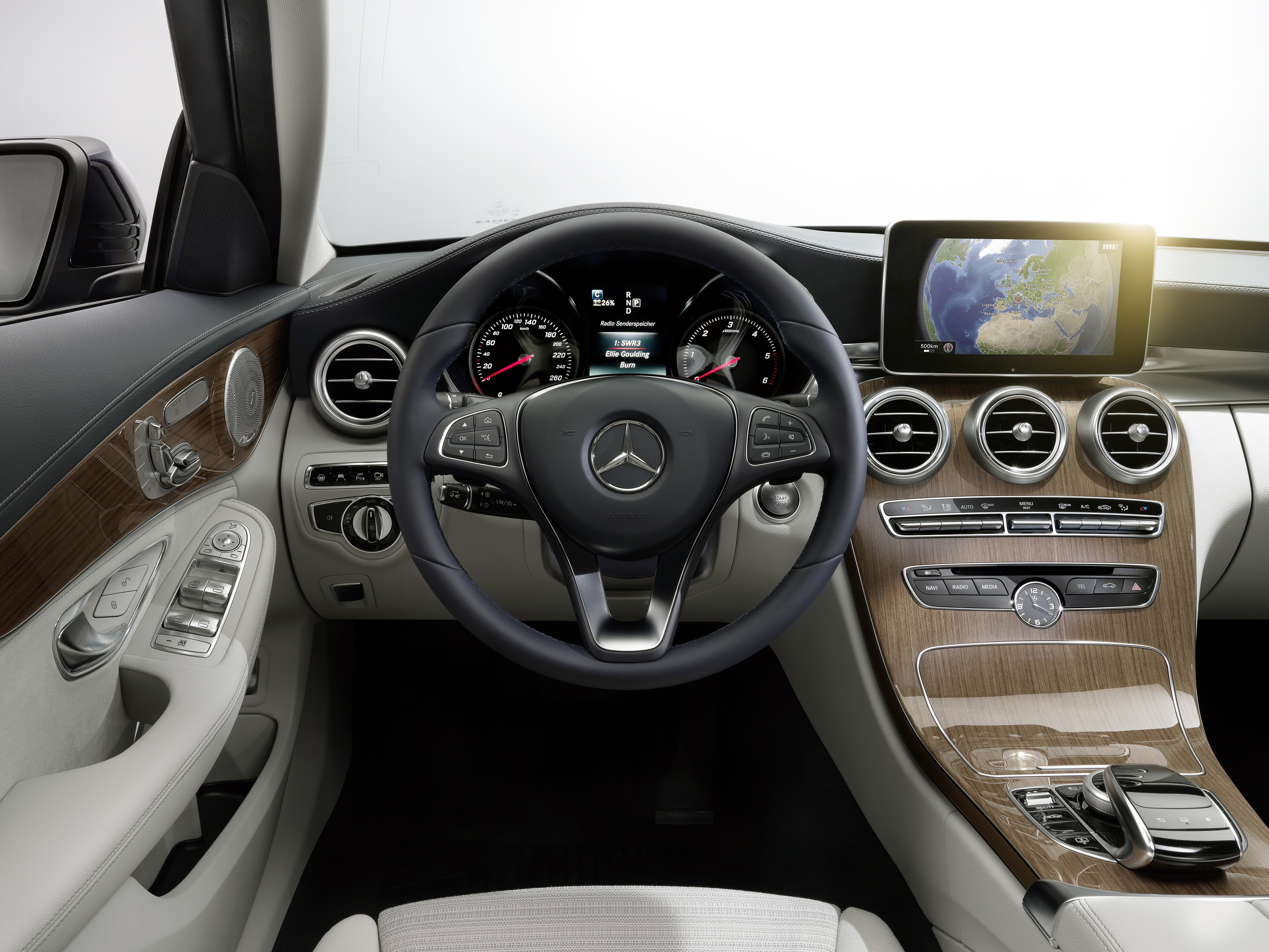 Mercedes Benz Amg >> W205 Mercedes-Benz C-Class: first details released! Image ...