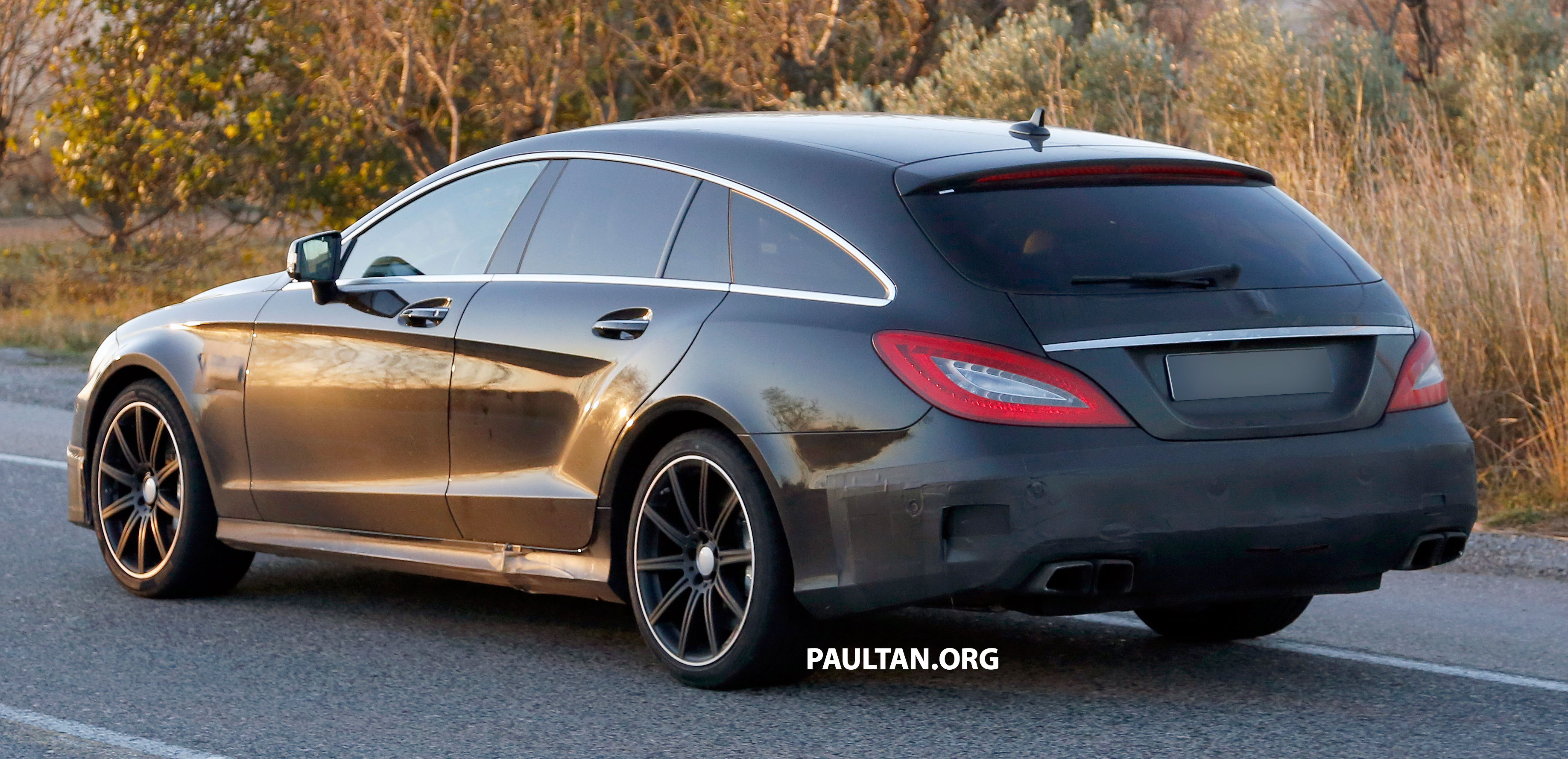 Mercedes-Benz CLS-Class Shooting Brake facelift to get ...