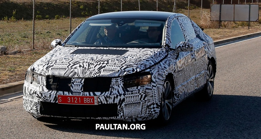 2015 Volkswagen Passat sighted again – integrated trapezoidal dual-exhaust tailpipes seen Image #215373