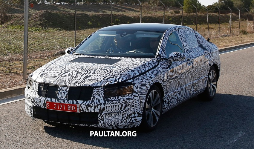 2015 Volkswagen Passat sighted again – integrated trapezoidal dual-exhaust tailpipes seen Image #215372