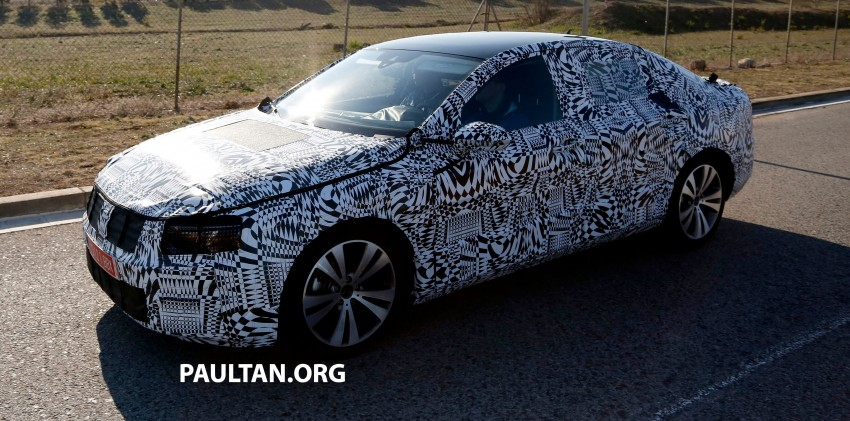 2015 Volkswagen Passat sighted again – integrated trapezoidal dual-exhaust tailpipes seen Image #215370