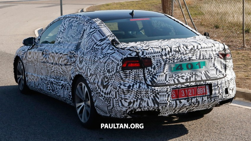 2015 Volkswagen Passat sighted again – integrated trapezoidal dual-exhaust tailpipes seen Image #215369