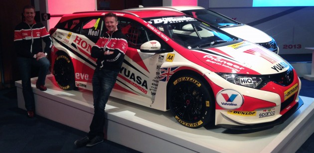 honda-civic-tourer-2014-btcc-9