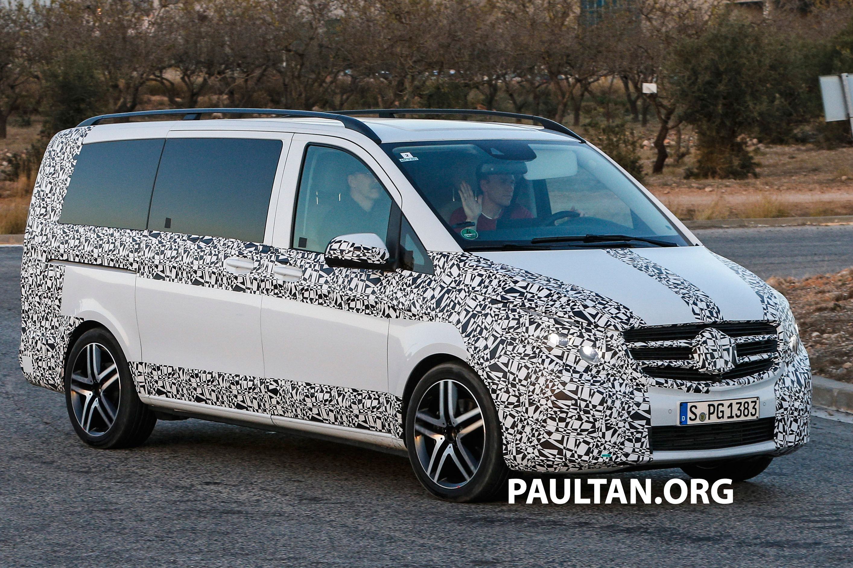 W447 Mercedes-Benz V-Class/Viano sighted on test Paul Tan ...