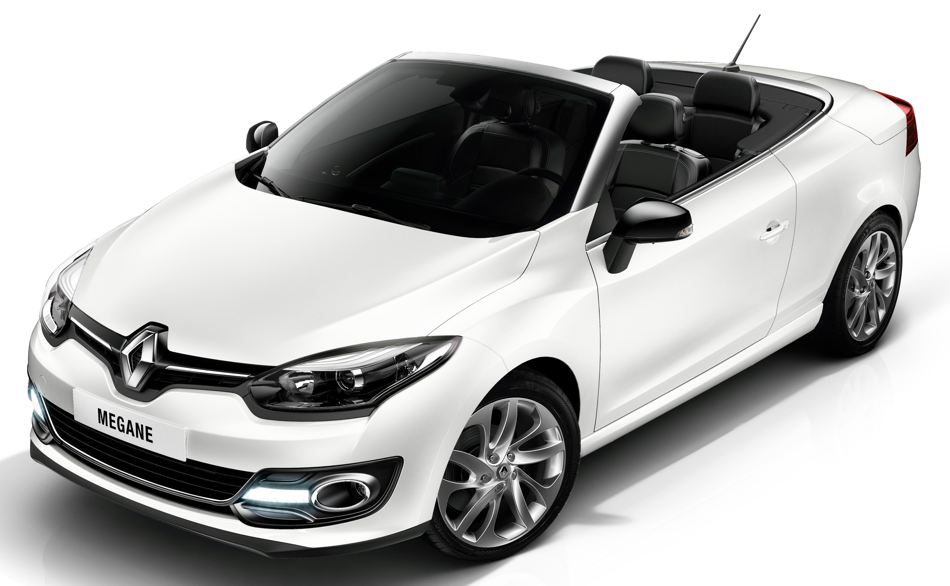 renault megane coupe cabriolet facelifted gets r link system. Black Bedroom Furniture Sets. Home Design Ideas