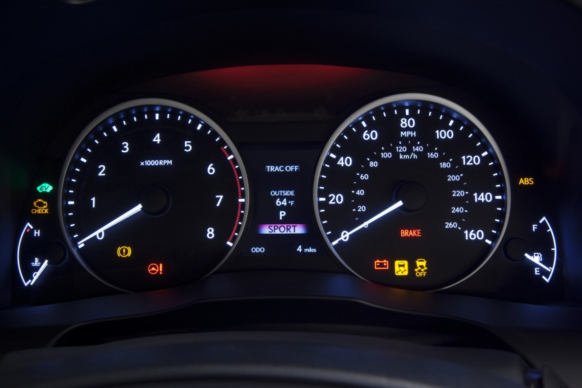 Lexus ES sheds dowdy image, follows the GS' lead Image #122491