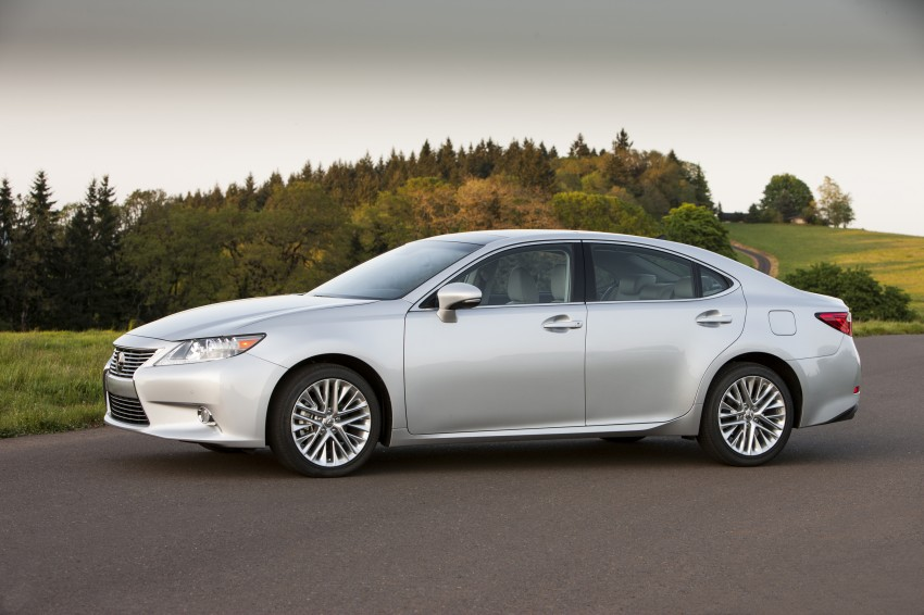 Lexus ES sheds dowdy image, follows the GS' lead Image #122471