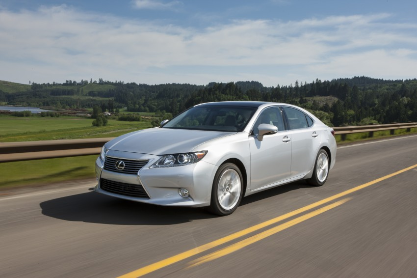 Lexus ES sheds dowdy image, follows the GS' lead Image #122472