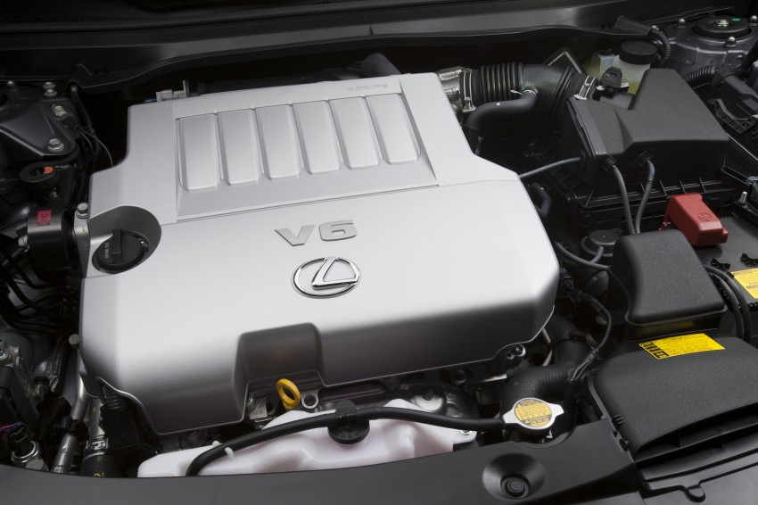 Lexus ES sheds dowdy image, follows the GS' lead Image #122449