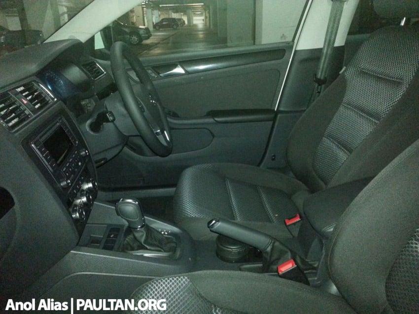 SPYSHOTS: Volkswagen Jetta CKD fully uncovered Image #223621