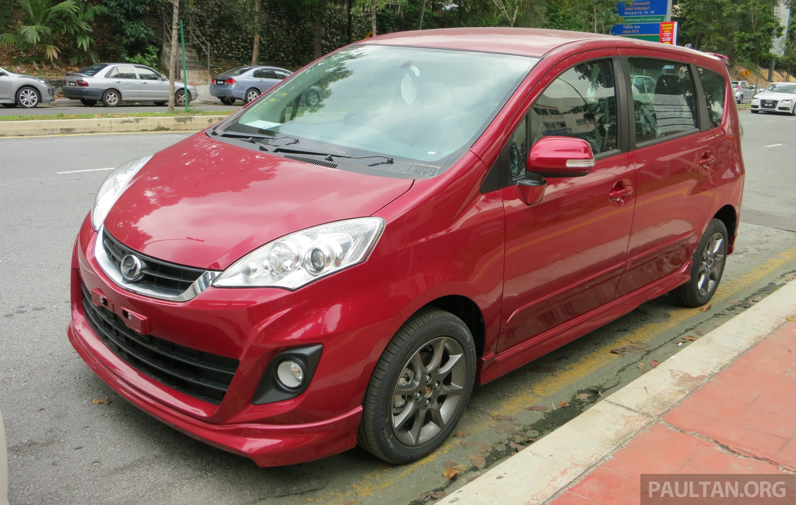 Spied 2014 perodua alza se exposed before launch