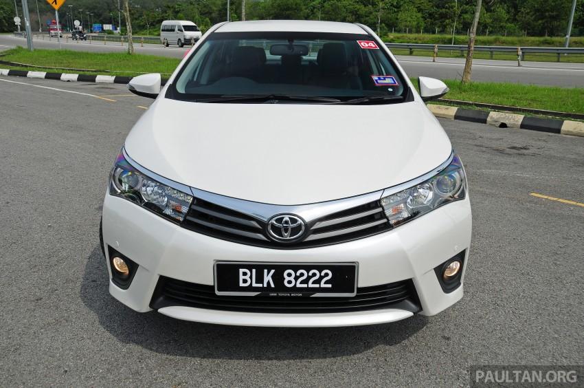 DRIVEN: 2014 Toyota Corolla Altis 2.0V on local roads Image #222437