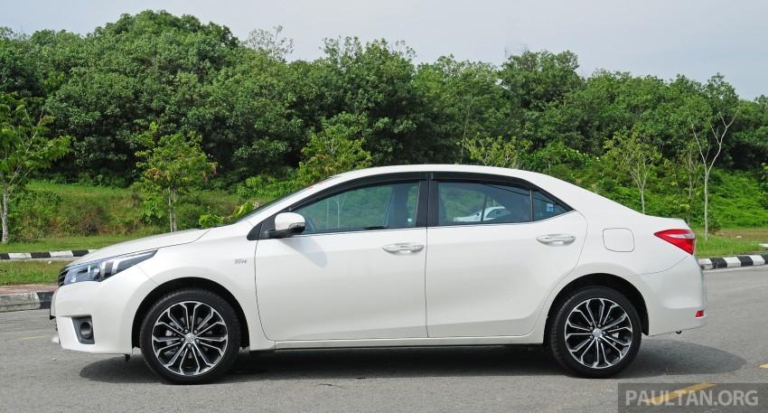 DRIVEN: 2014 Toyota Corolla Altis 2.0V on local roads Image #222439