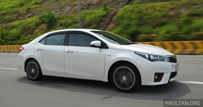 DRIVEN: 2014 Toyota Corolla Altis 2.0V on local roads Image #222457